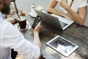 Coach en ligne : devenir coach en ligne ou se faire coacher en ligne