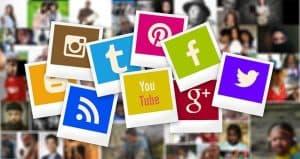Consultant social media